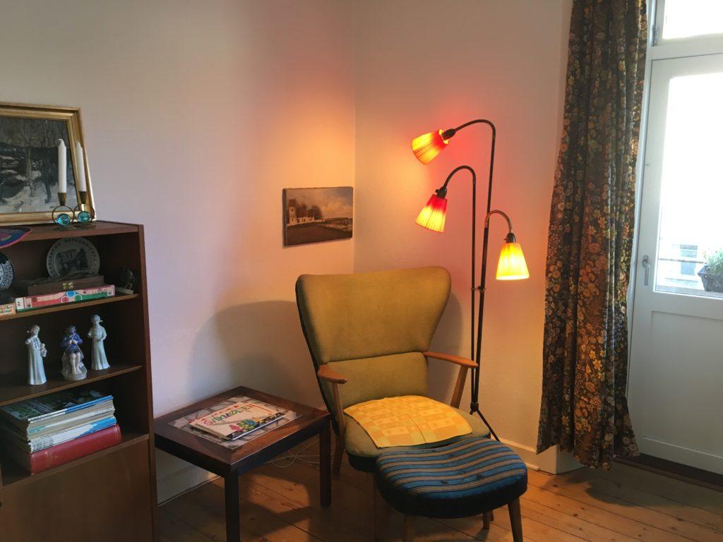 2: Reading corner